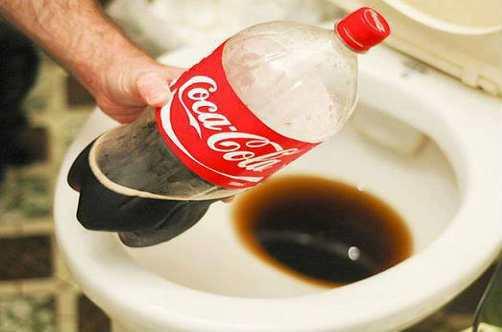 Hướng dẫn cách thông cống bằng coca chỉ trong vài phút